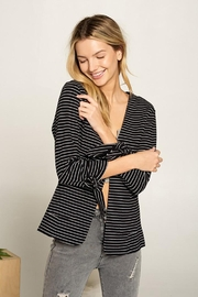 Doe & Rae Collarless Knit Blazer With Tie Sleeve And Patch Pocket Detail - Front cropped