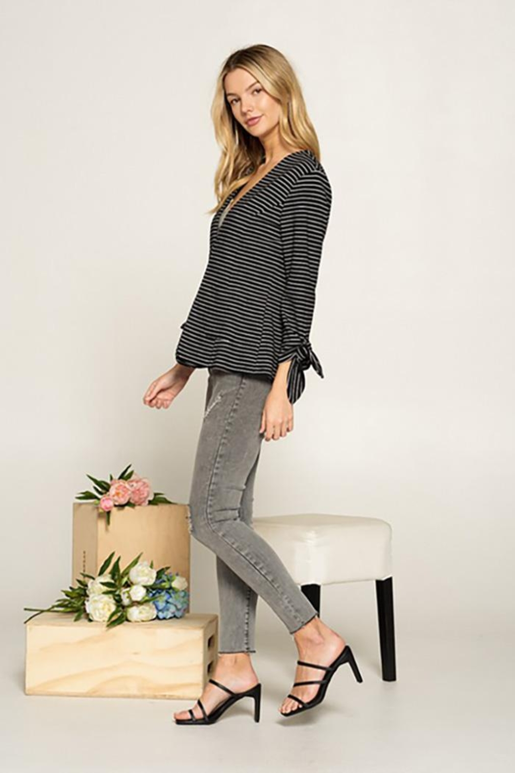 Doe & Rae Collarless Knit Blazer With Tie Sleeve And Patch Pocket Detail - Side Cropped Image