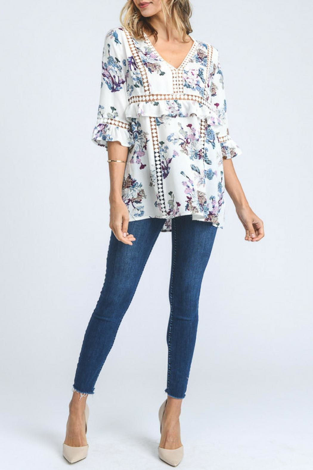 Doe & Rae Floral Print Top - Front Full Image
