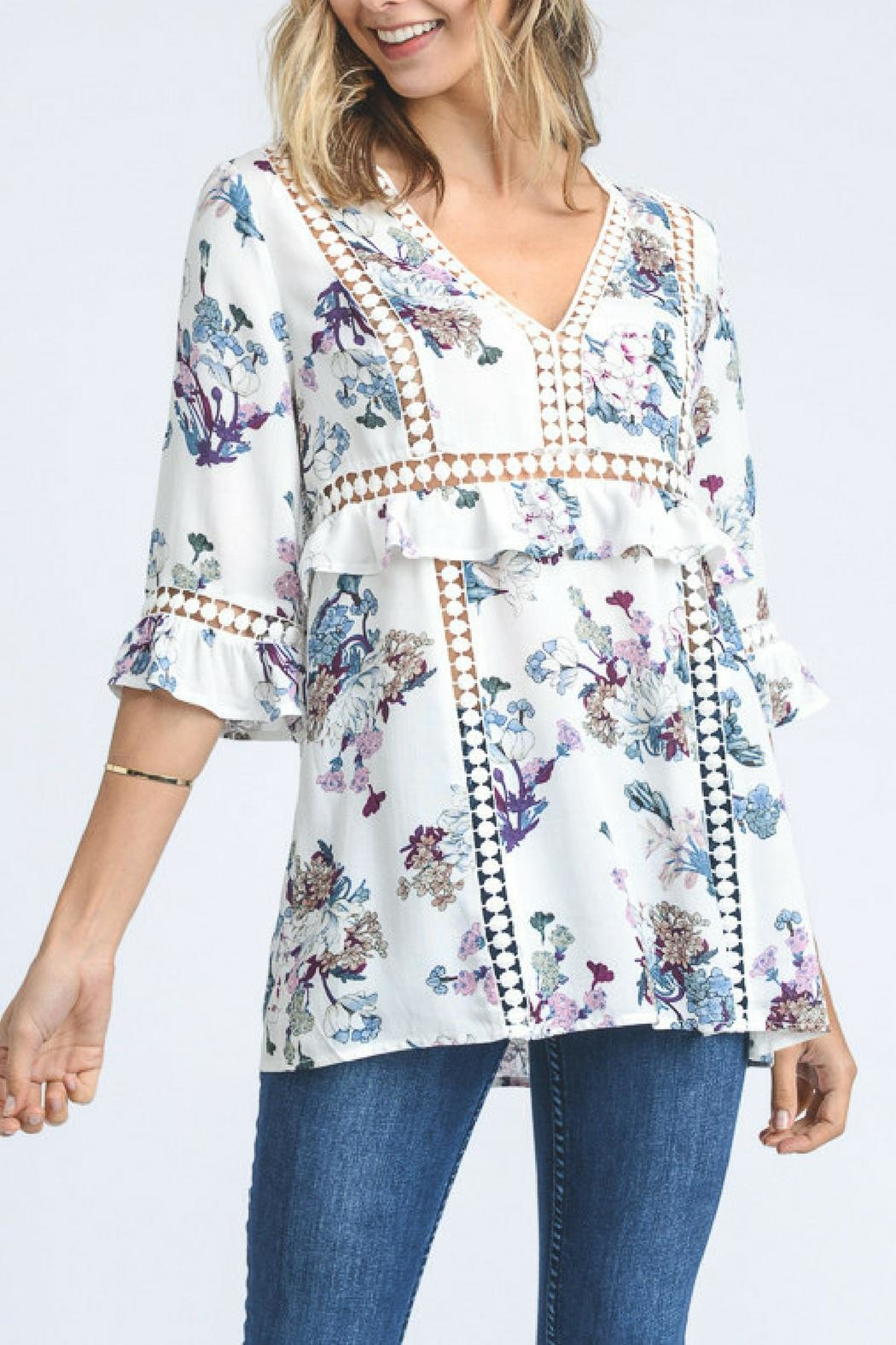 Doe & Rae Floral Print Top - Front Cropped Image