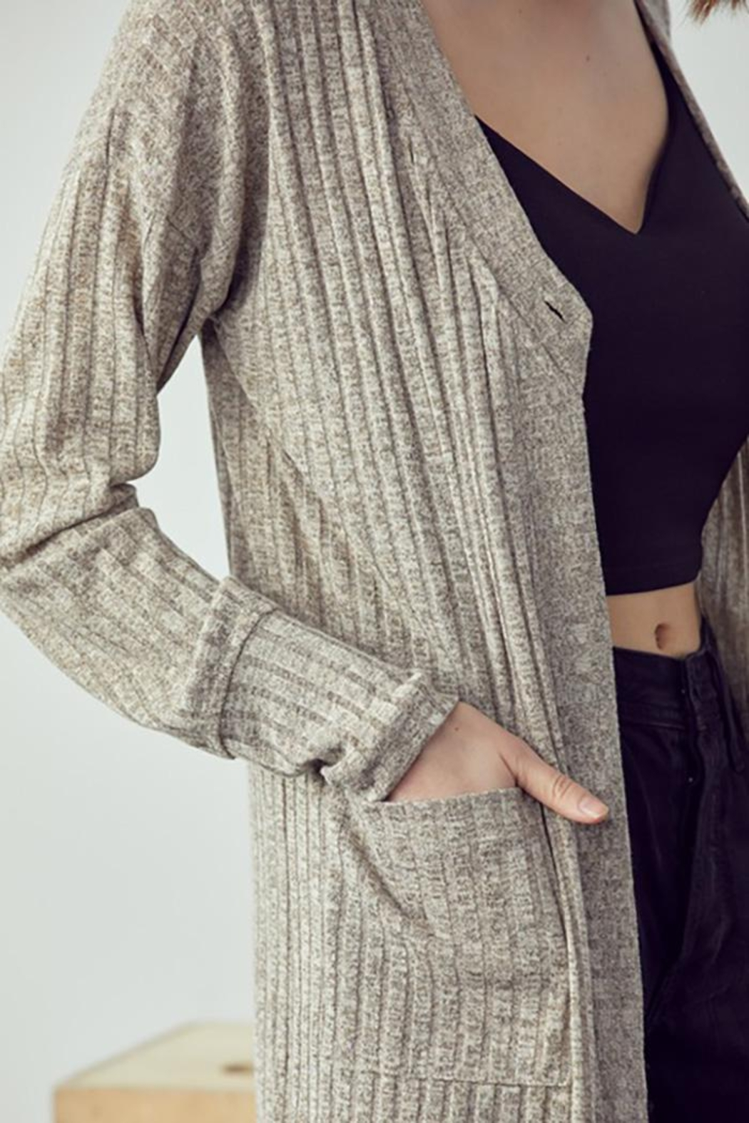 Doe & Rae Maxi Cardigan With Wooden Button - Side Cropped Image