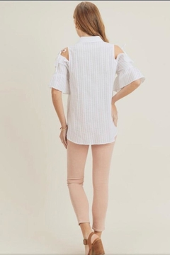 Doe & Rae Ruffle Sleeve Shirt - Alternate List Image