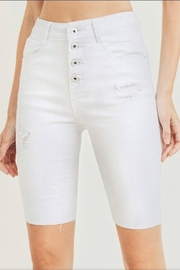 Doe & Rae White Bermuda Shorts - Product Mini Image