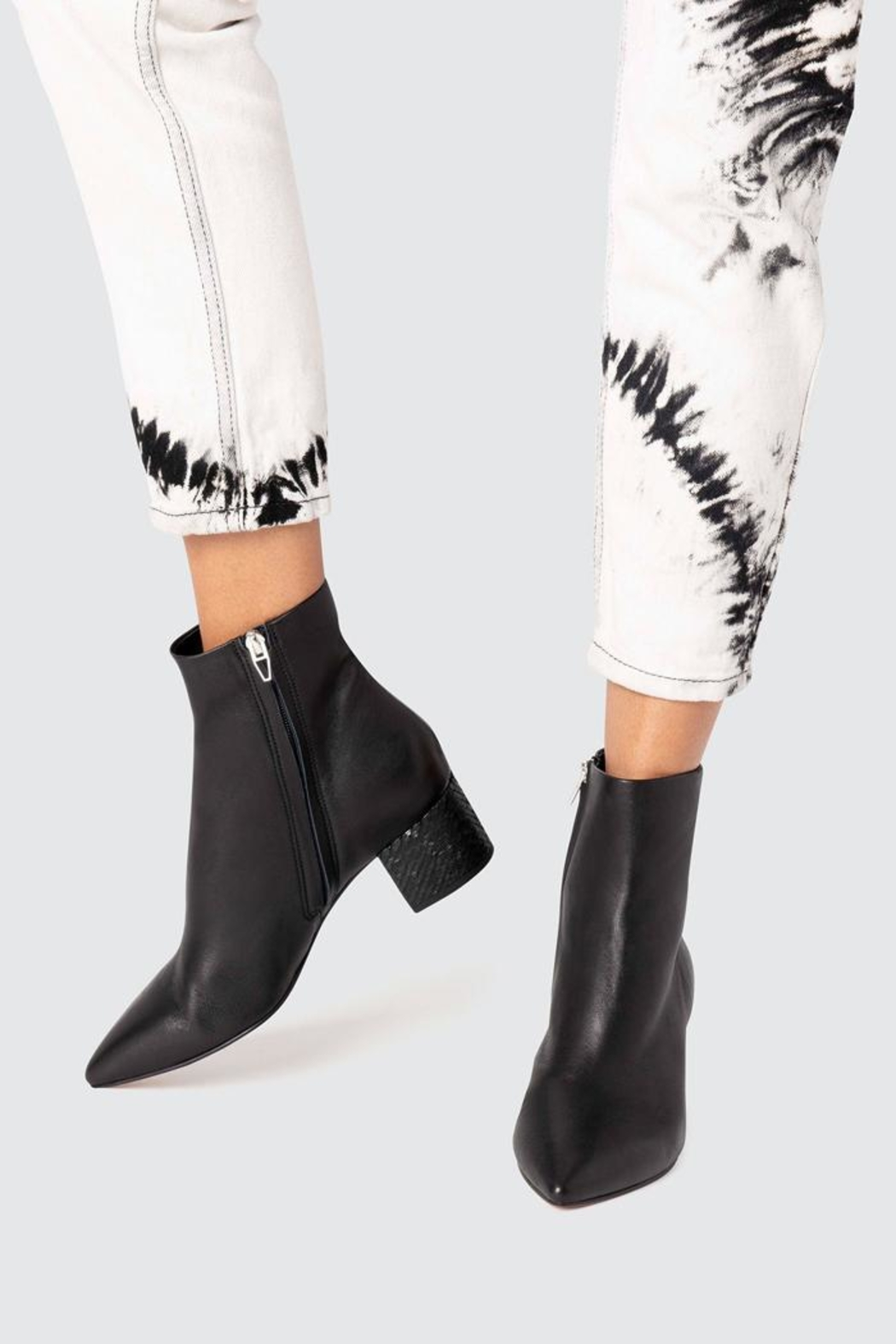 Dolce Vita Bel Booties Onyx - Back Cropped Image