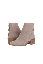 Dolce Vita Cassius Heeled Bootie - Side cropped