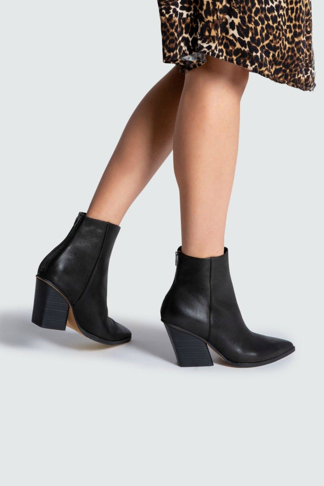 Dolce Vita Issa Wedge-Heel Boot - Side Cropped Image