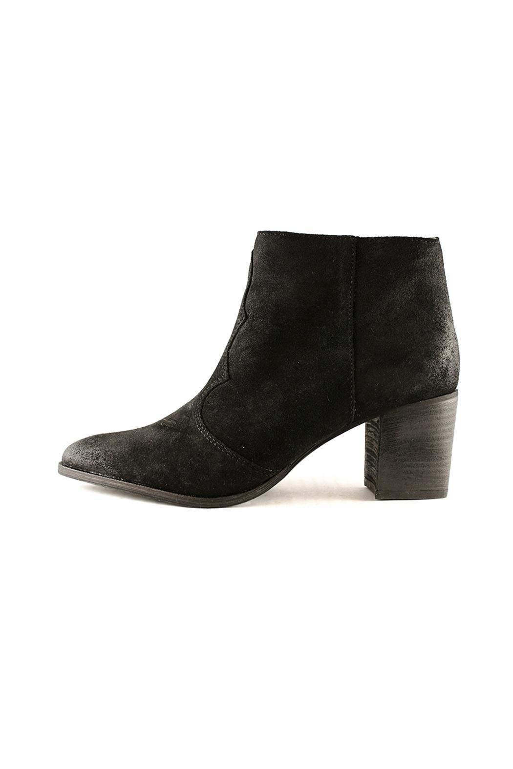 Lennon Heeled Booties