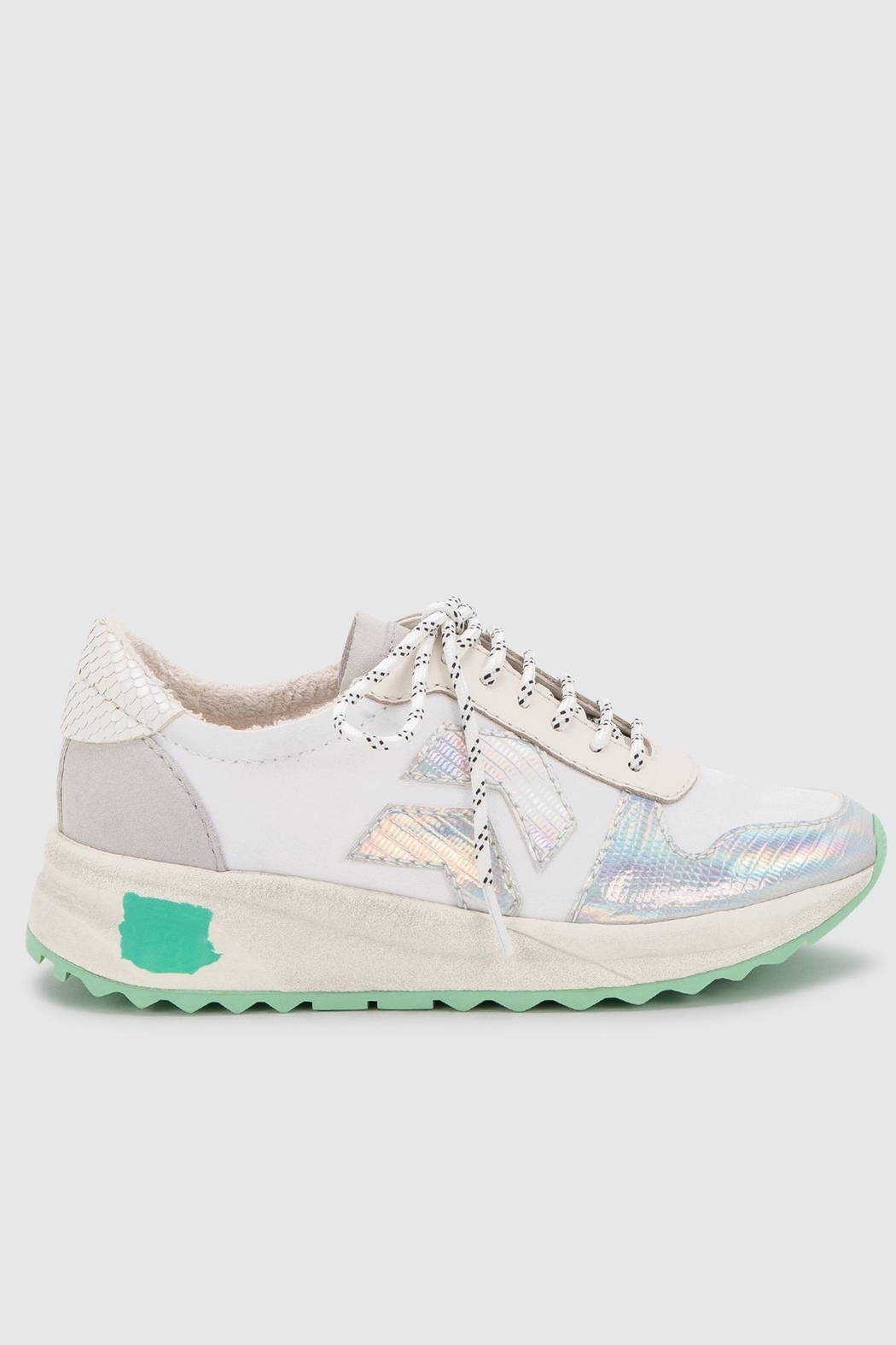 Dolce Vita Yasmen Sneakers - Front Cropped Image