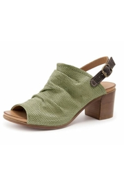 Bueno Shoes Dolly Moss Green - Front cropped