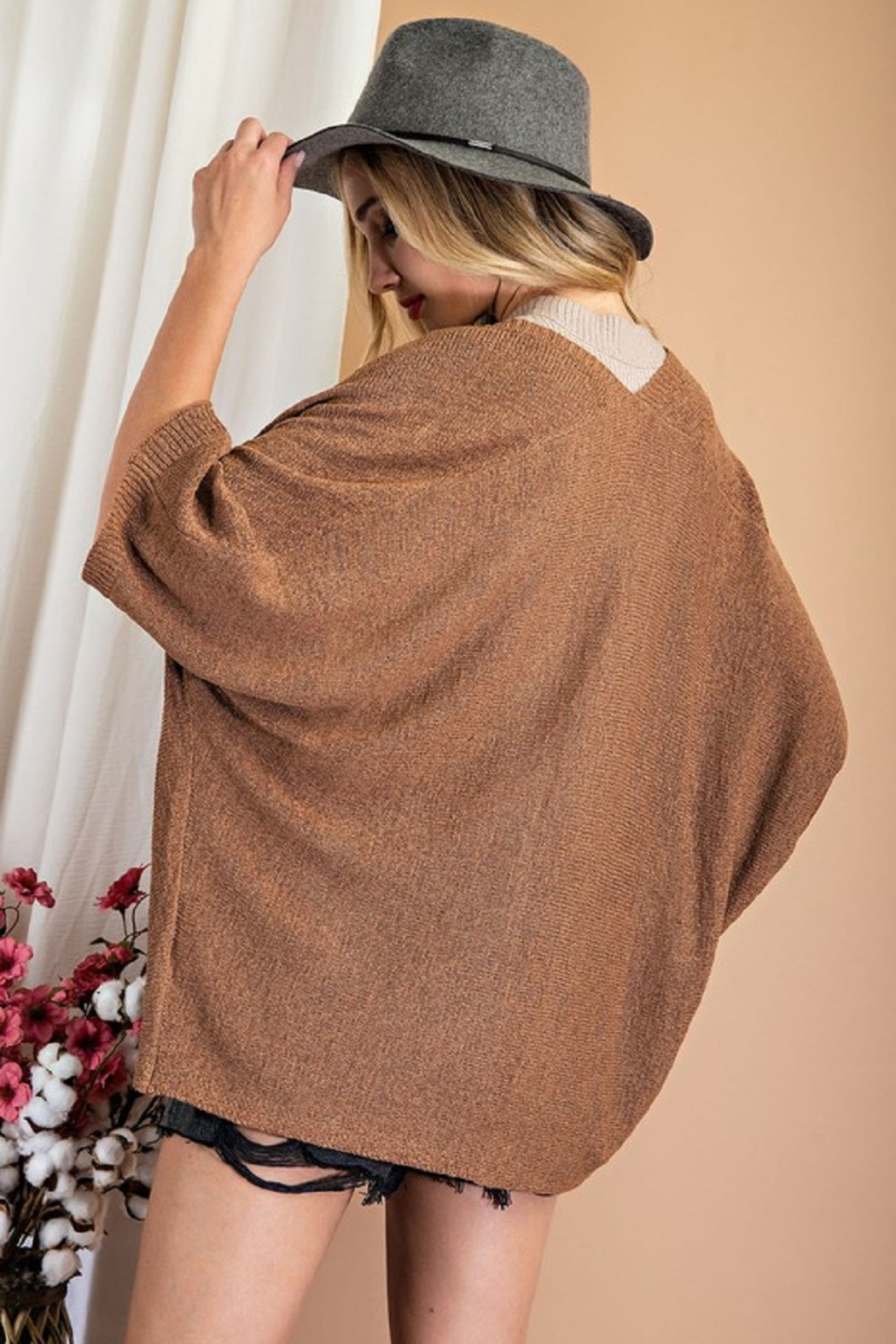 eesome Dolman Short Sleeve Cardigan - Side Cropped Image