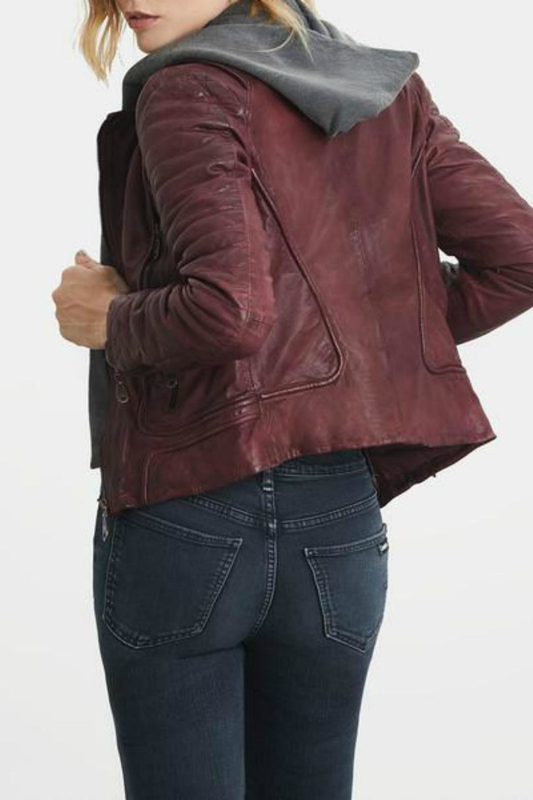 Doma Leather - Side Cropped Image