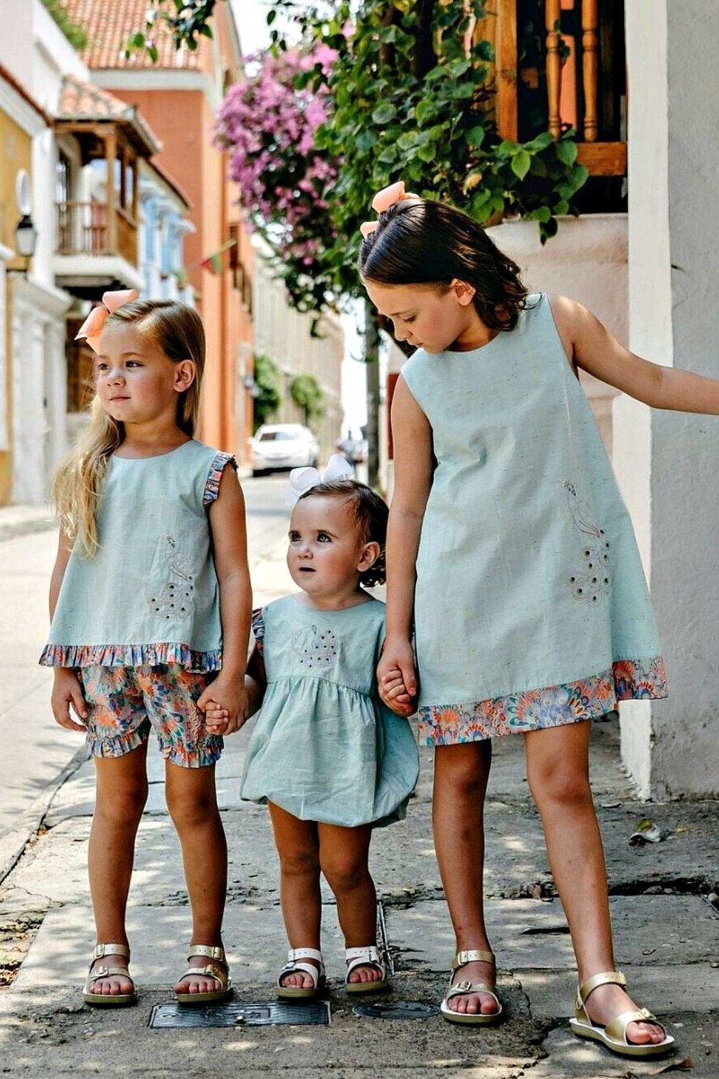 Dondolo Sabrina Aqua-Liberty-Peacock-Embroidered Bloomer-Set - Side Cropped Image