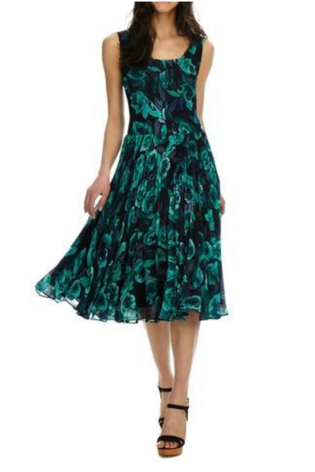 Donna Morgan Kaylin Chiffon Dress - Front Cropped Image