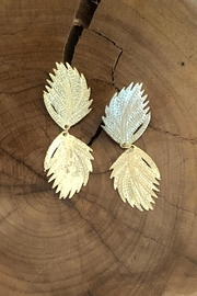 Donna Si Gold Feather Earrings - Product Mini Image