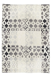 Donna Wilson Donna-Wilson Lambswool Throw - Front cropped