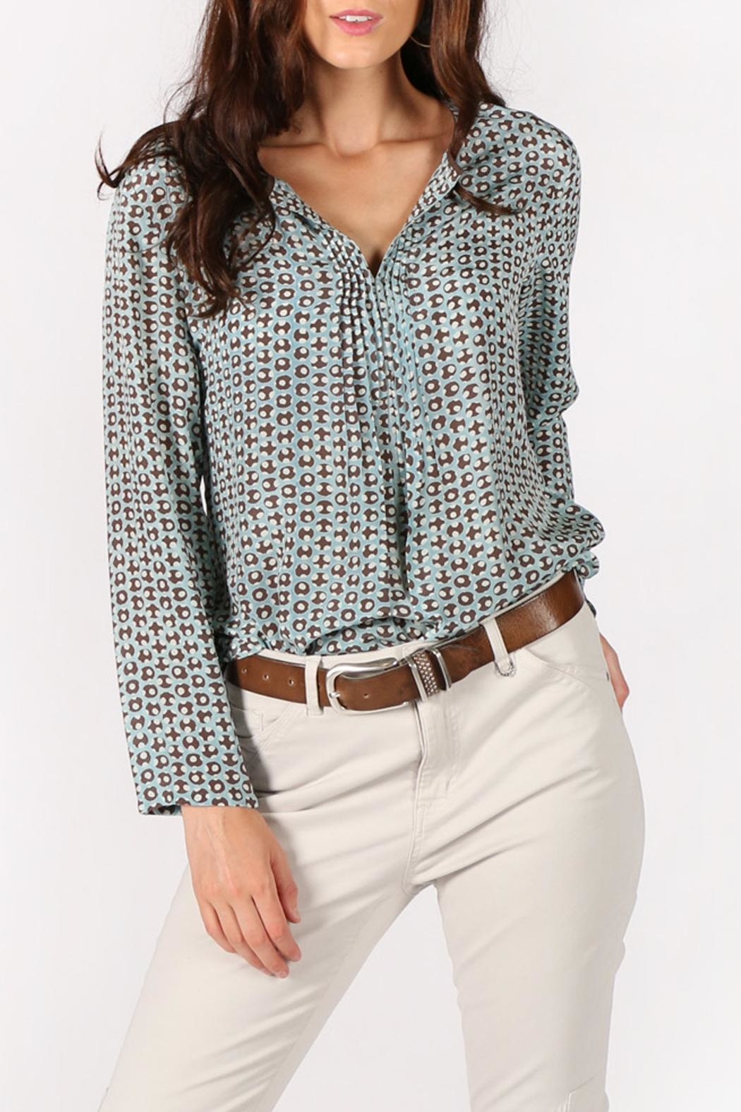 Rasa Dots Pleated Top - Back Cropped Image