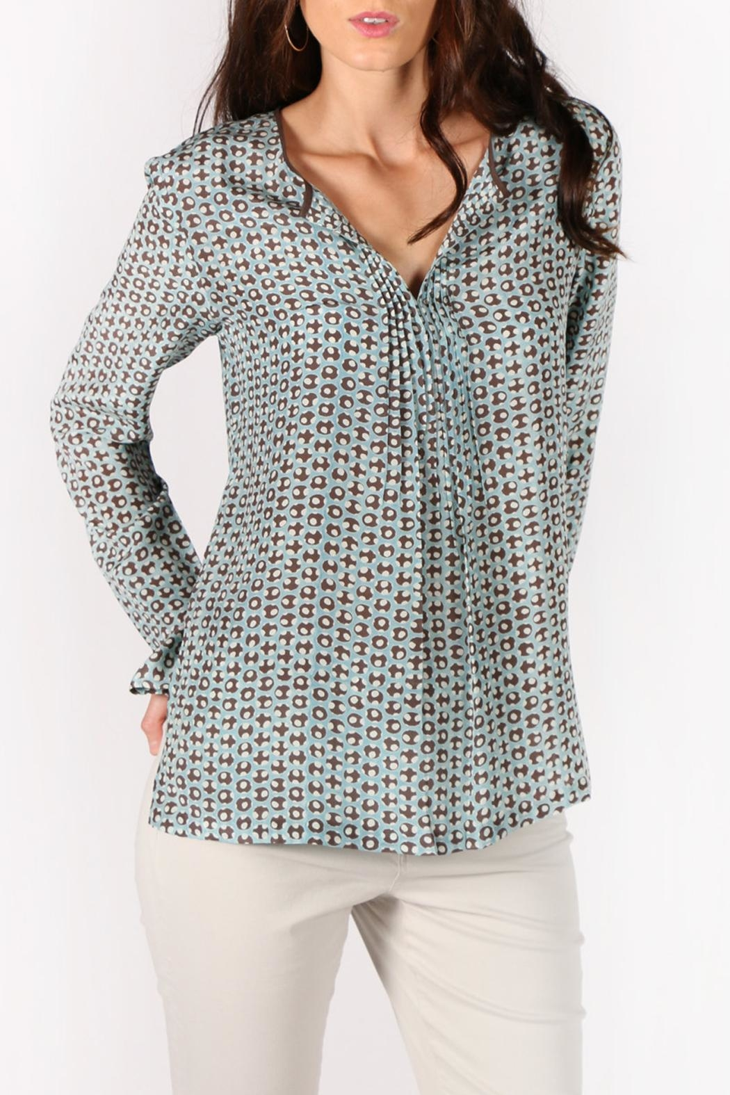 Rasa Dots Pleated Top - Side Cropped Image