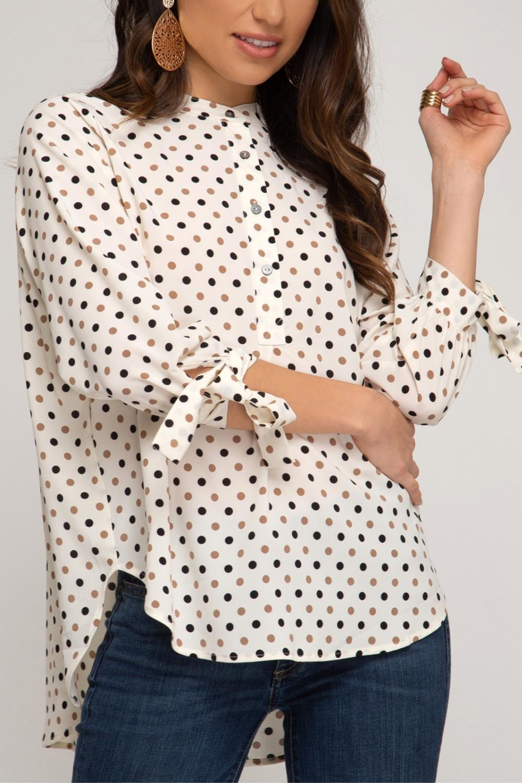 She + Sky Dotted Tunic Blouse - Side Cropped Image