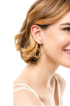 Zenzii Double Hoop Earrings - Alternate List Image