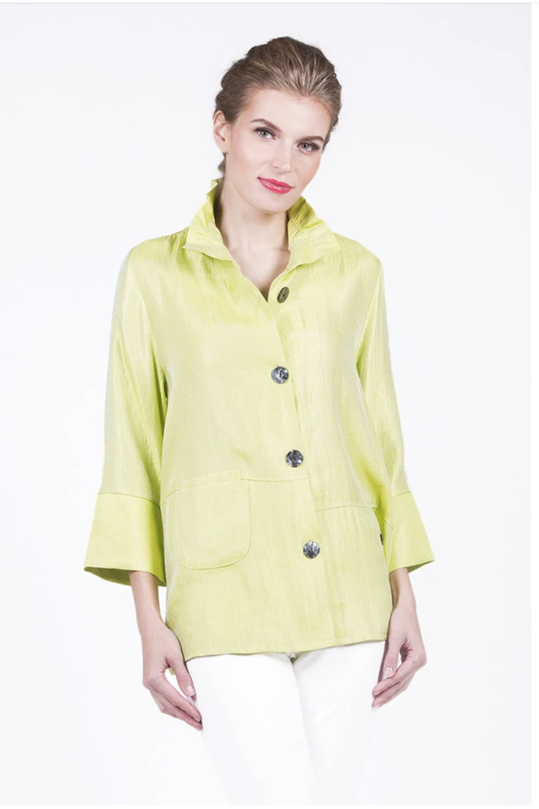 Damee Double Pocket Short Jacket - Front Cropped Image
