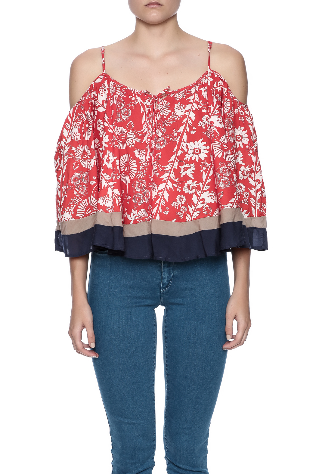 Double Zero Cold Shoulder Top - Side Cropped Image
