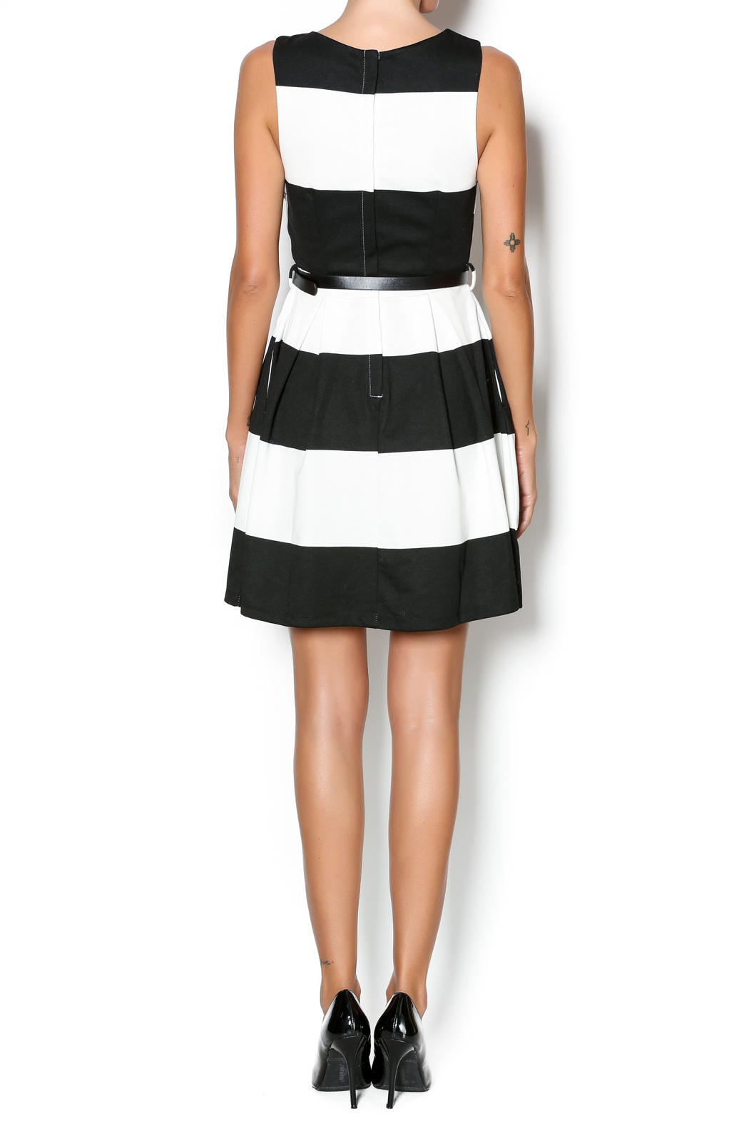 Double Zero Fit And Flare Dress - Side Cropped Image