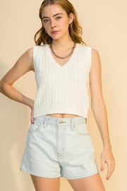 Double Zero Cable Sweater Vest - Front cropped