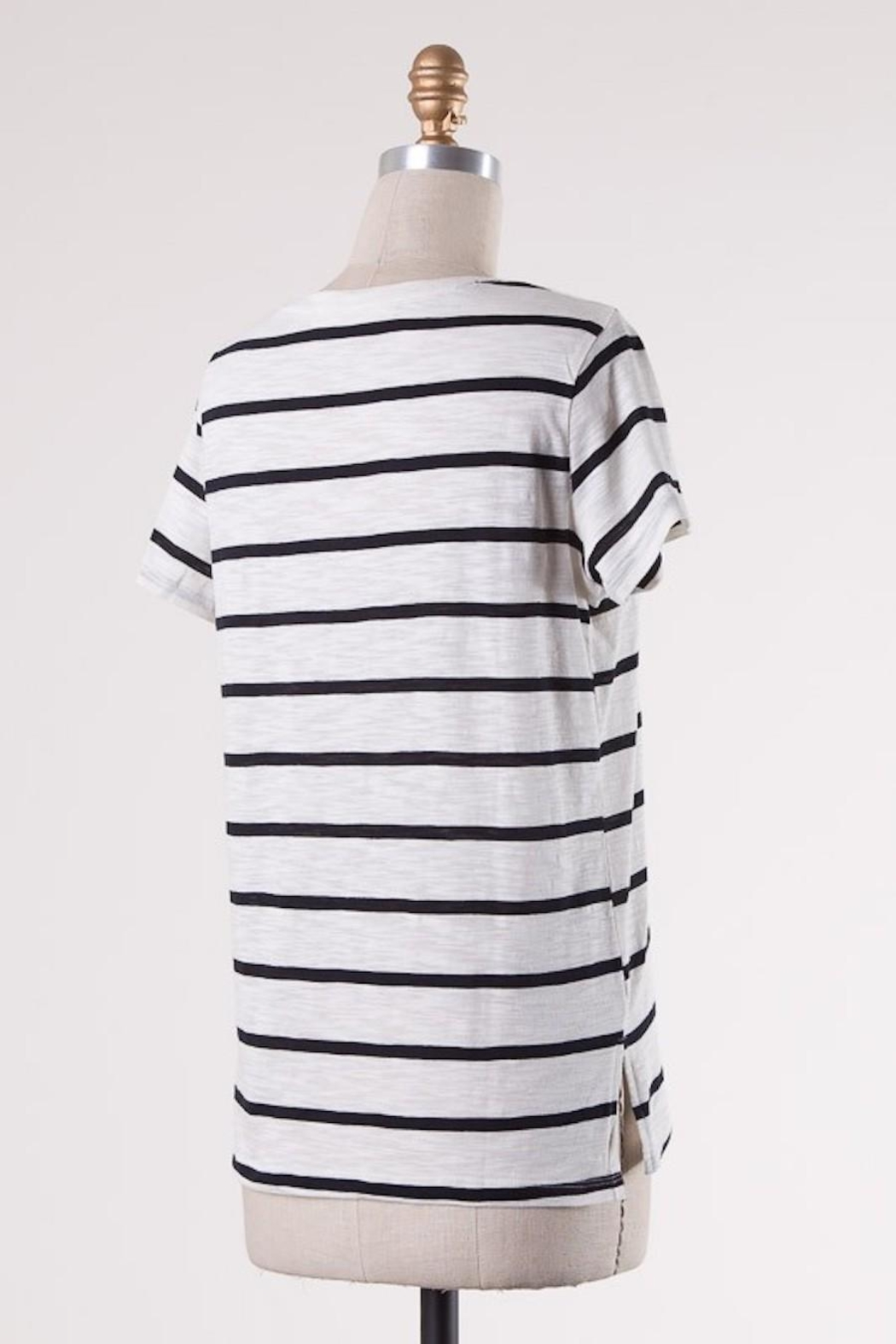 Double Zero Classic Stripes Tee - Side Cropped Image