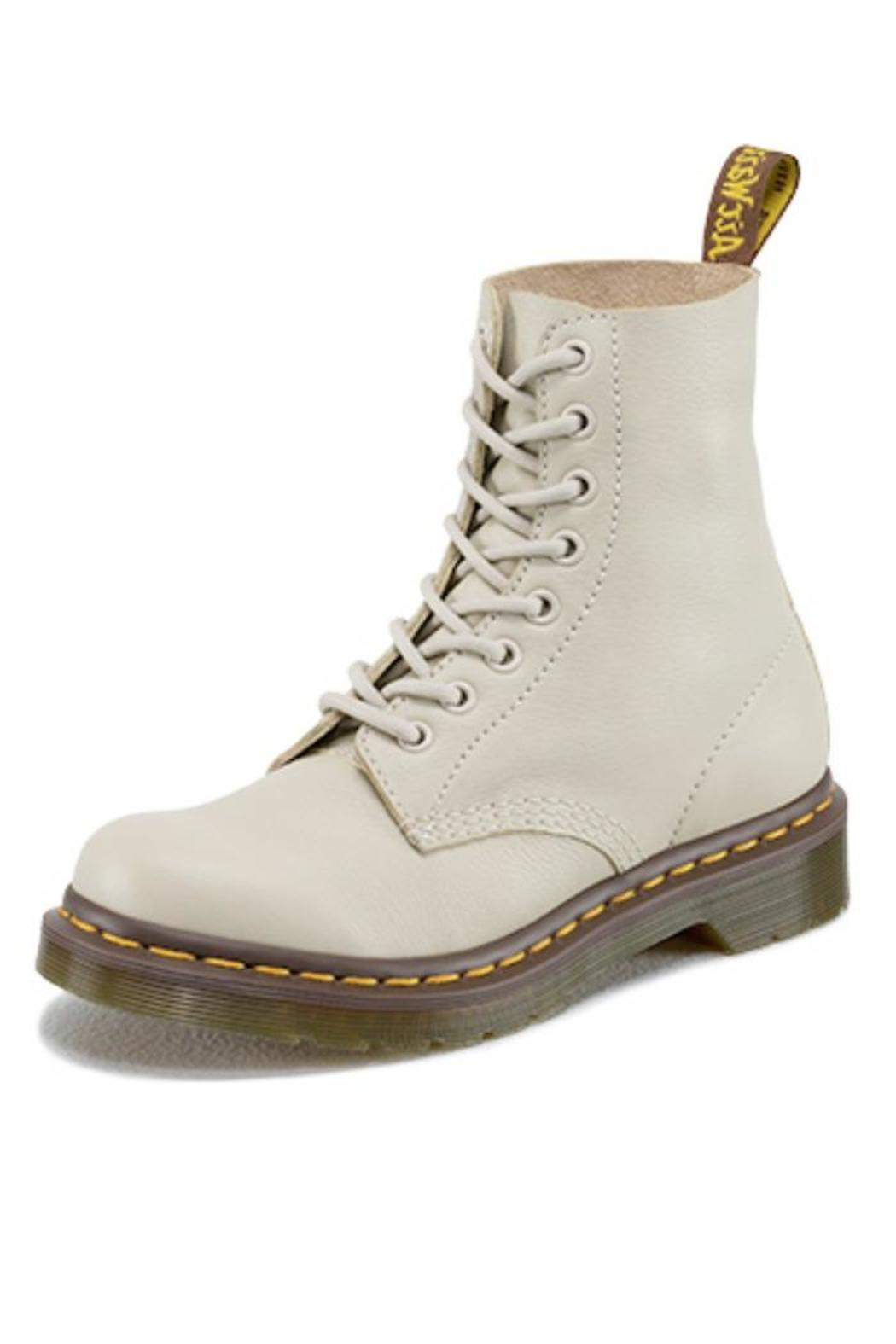 Shop for Dr Martens Shoes online at THE ICONIC. Enjoy fast shipping to Australia and New Zealand.