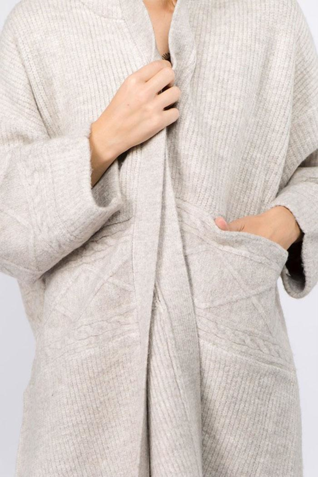 Dreamers Heavy Knit Cardigan - Side Cropped Image