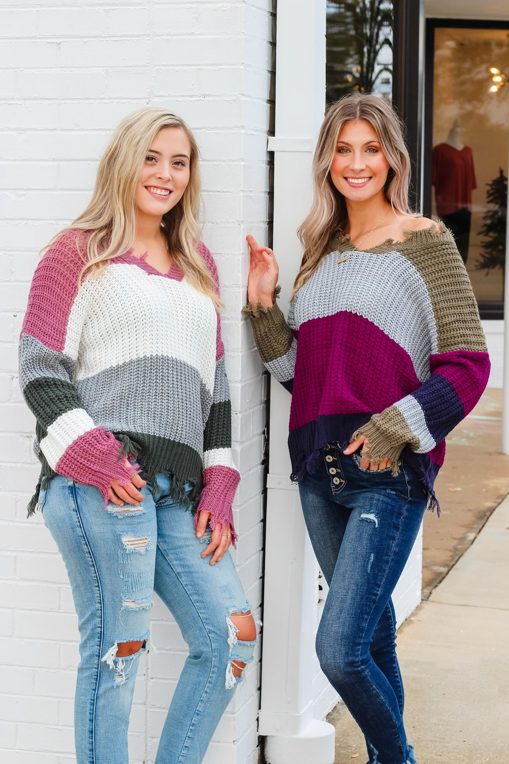 eesome Dreaming of You Sweater - Side Cropped Image