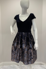 Frank Lyman  Dress - Product Mini Image