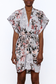 dress forum Floral Kimono Dress - Side cropped