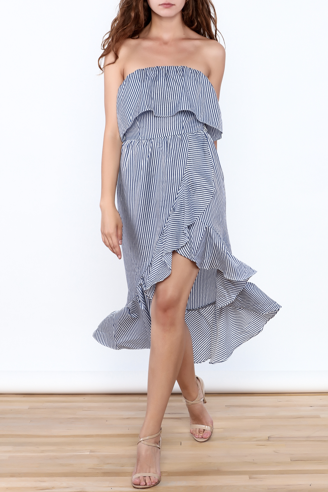 dress forum Strapless Ruffle Dress - Front Cropped Image