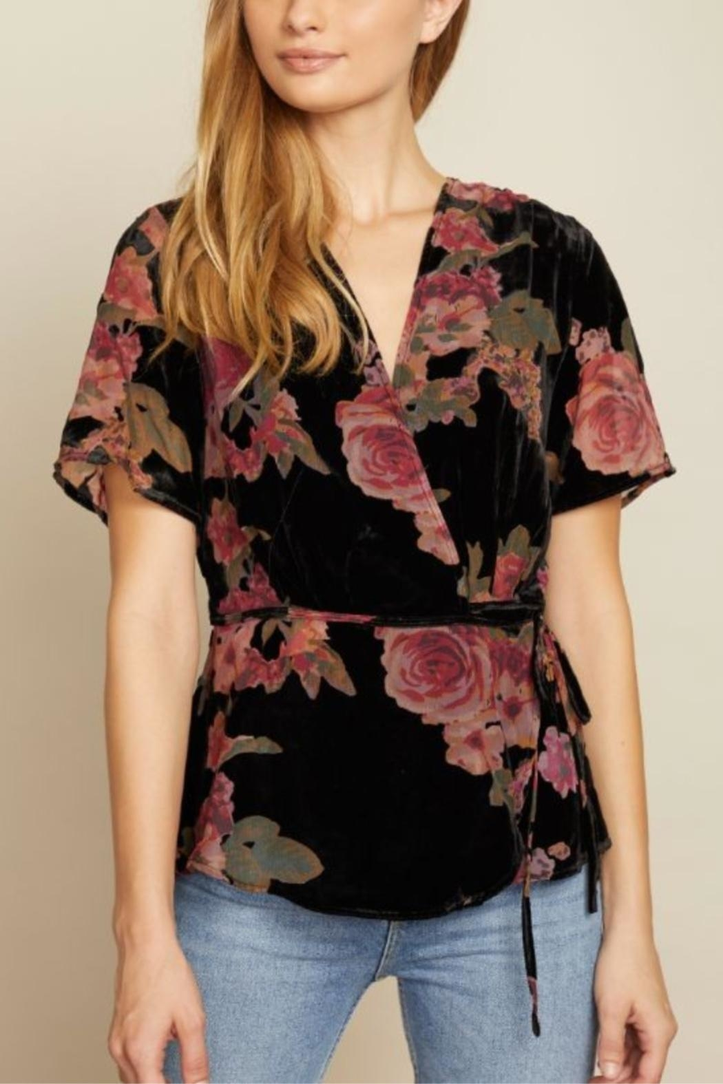 dress forum Delicate As A Flower Top - Main Image