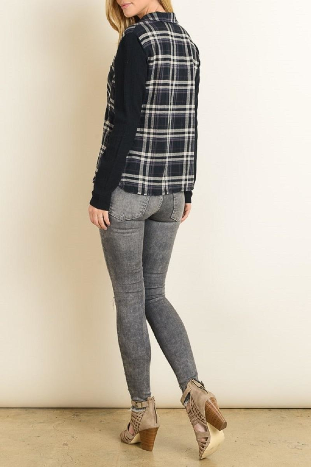 dress forum Flannel Button Down - Side Cropped Image