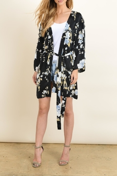 dress forum Floral Kimono Wrap - Product List Image