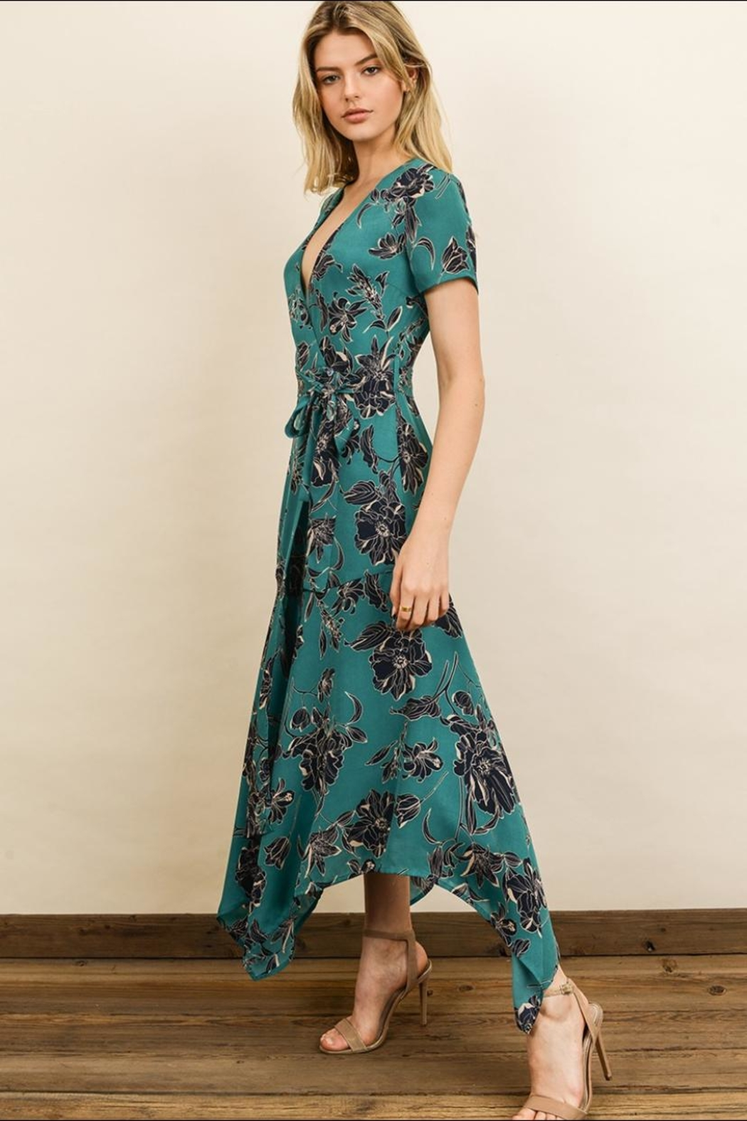 dress forum Floral Midi Dress - Front Full Image