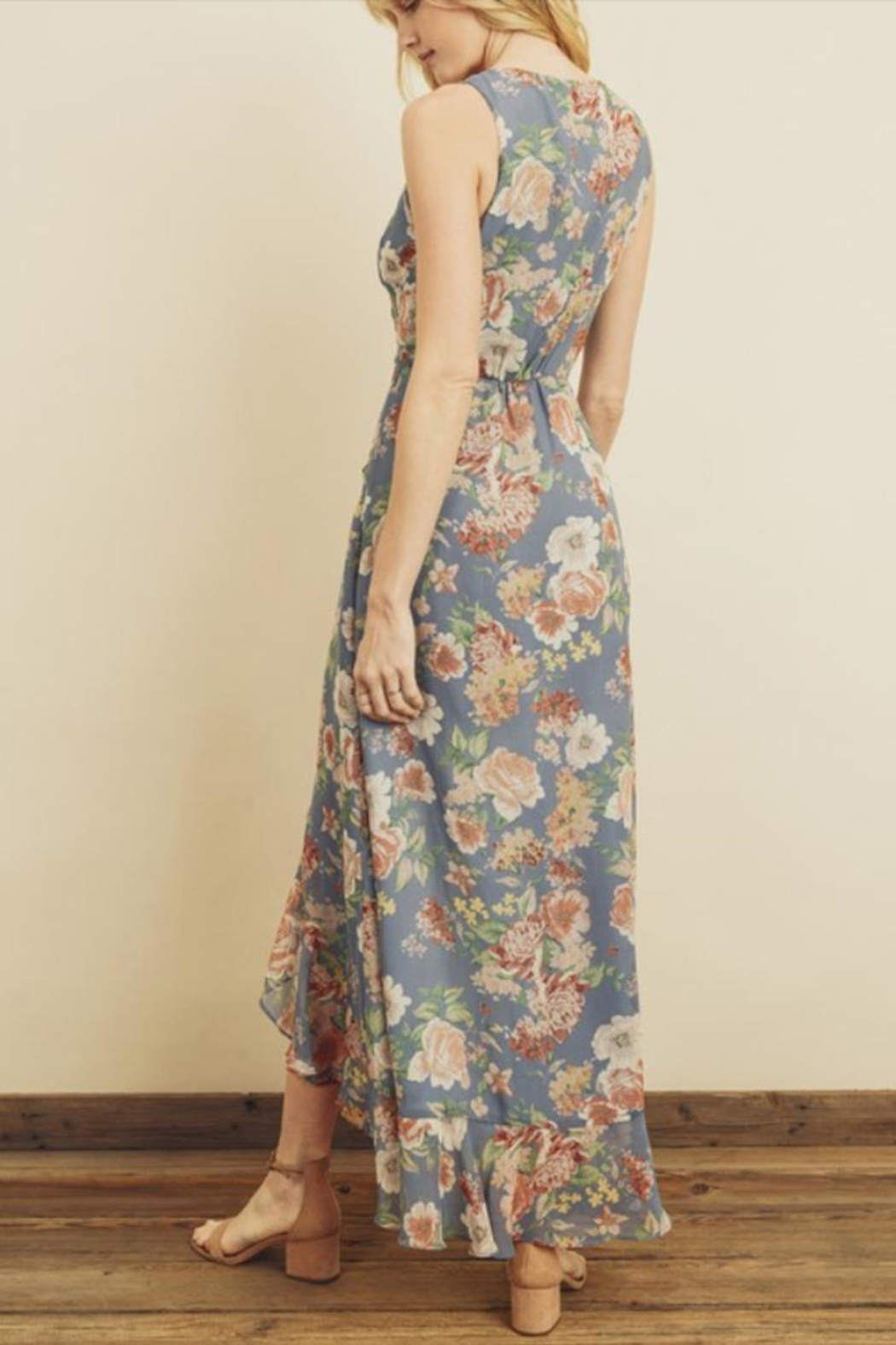 dress forum Floral Ruffle Hi-Low - Side Cropped Image