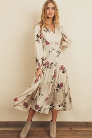 dress forum Floral Tiered Midi - Front cropped