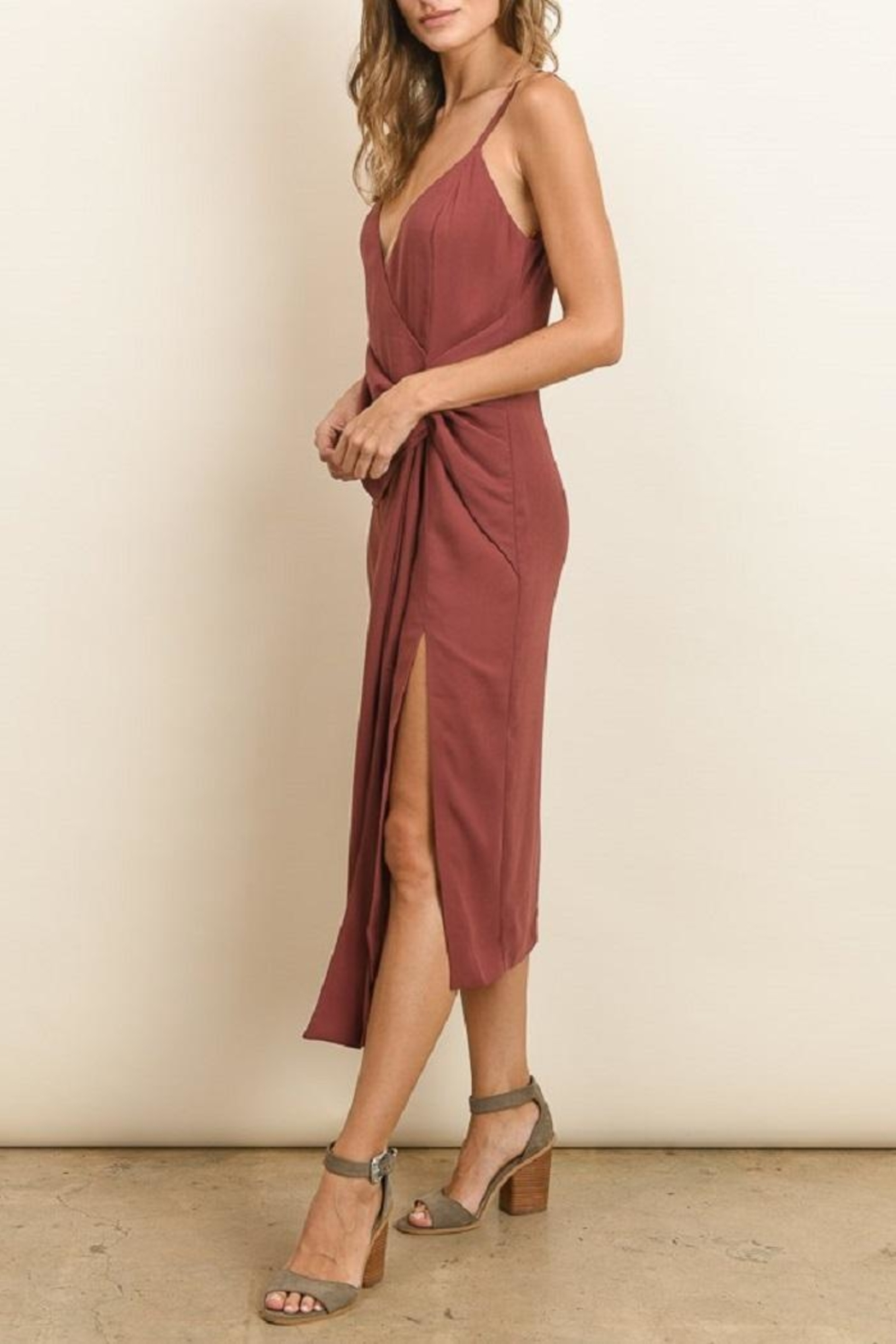 dress forum Knot Midi Dress - Side Cropped Image