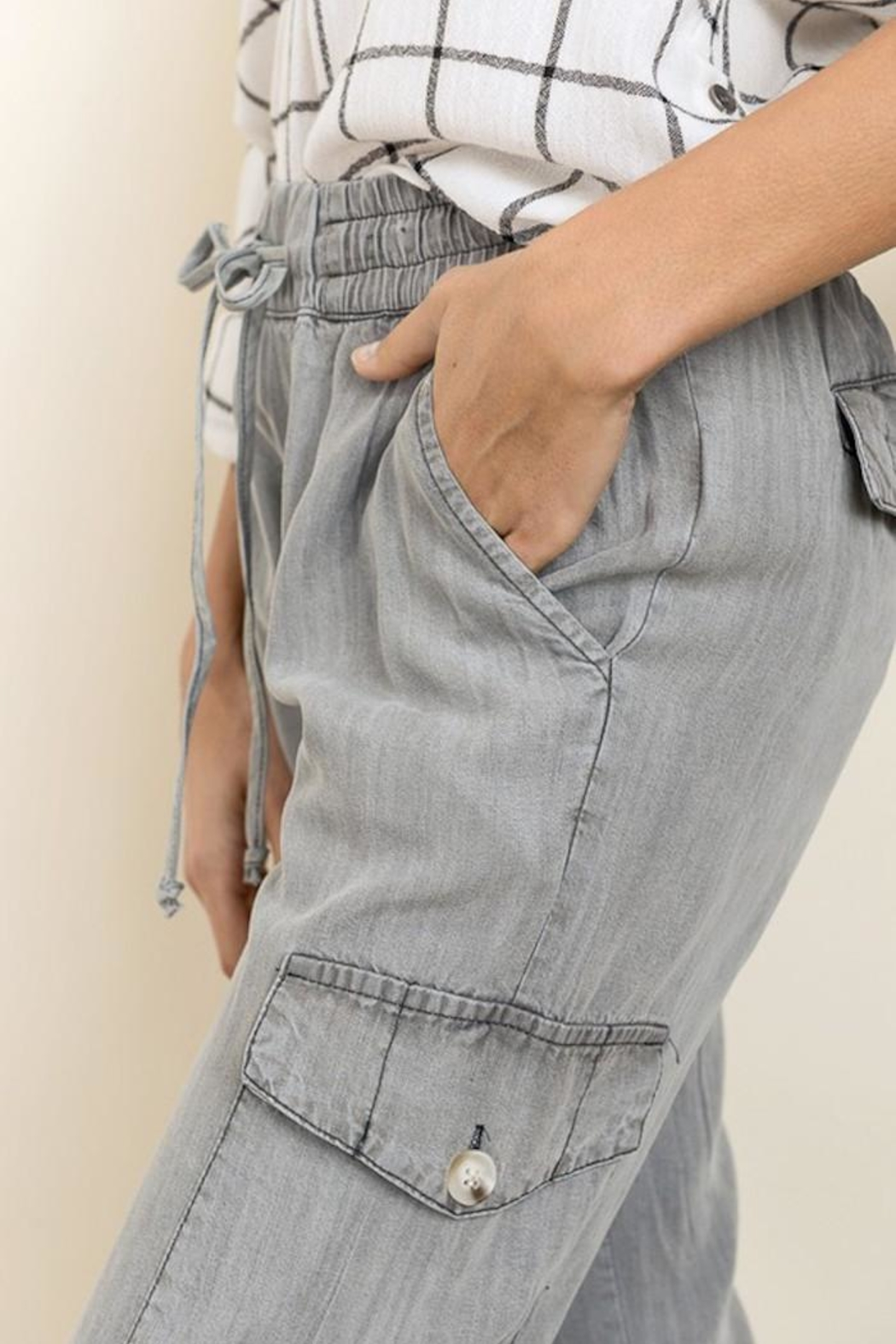 dress forum Mineral Washed Cargo - Back Cropped Image