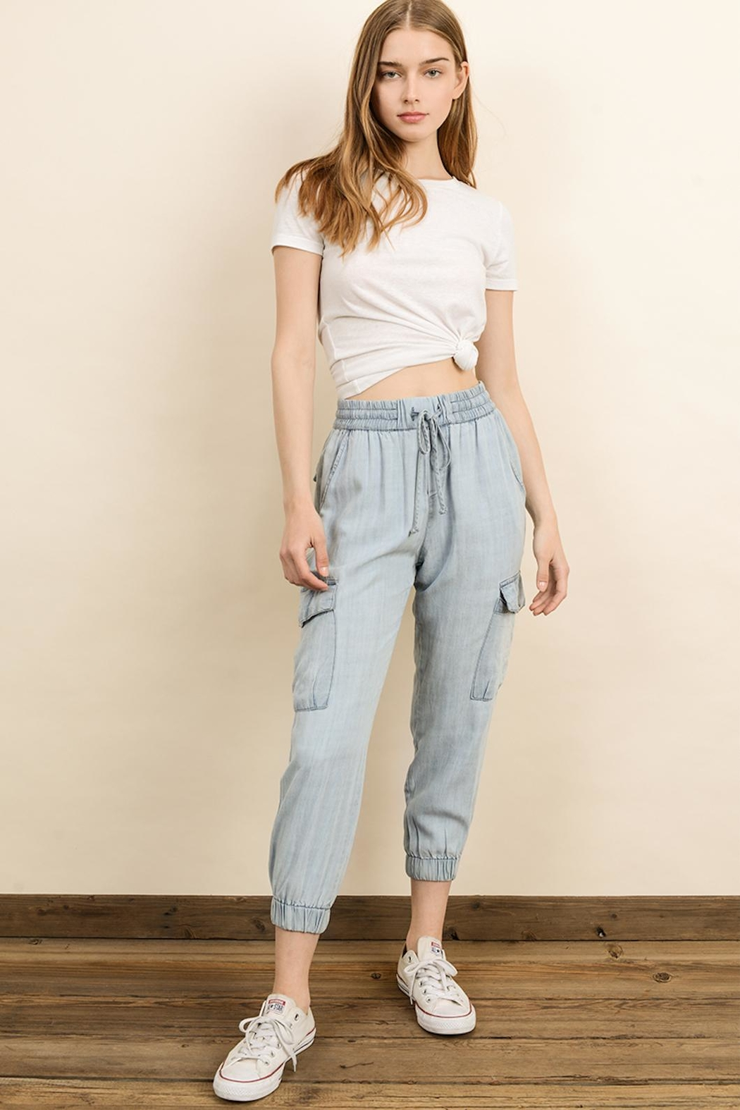 dress forum Mineral Washed Joggers - Side Cropped Image