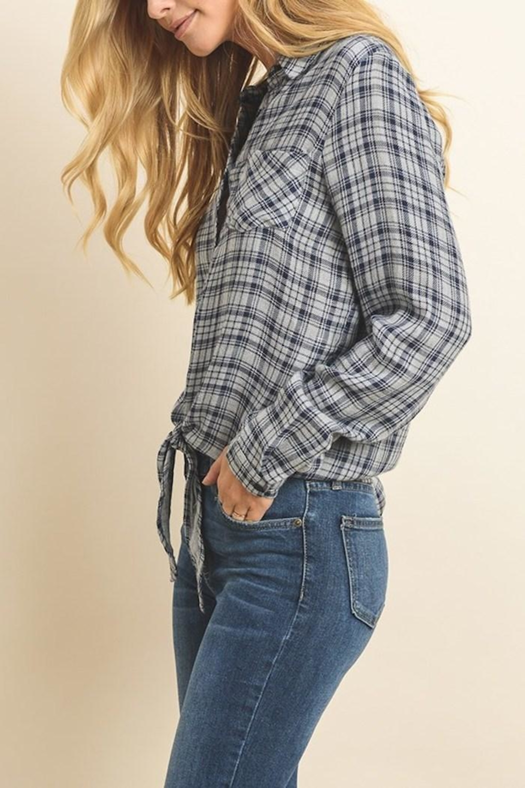 dress forum Plaid Tie Top - Side Cropped Image