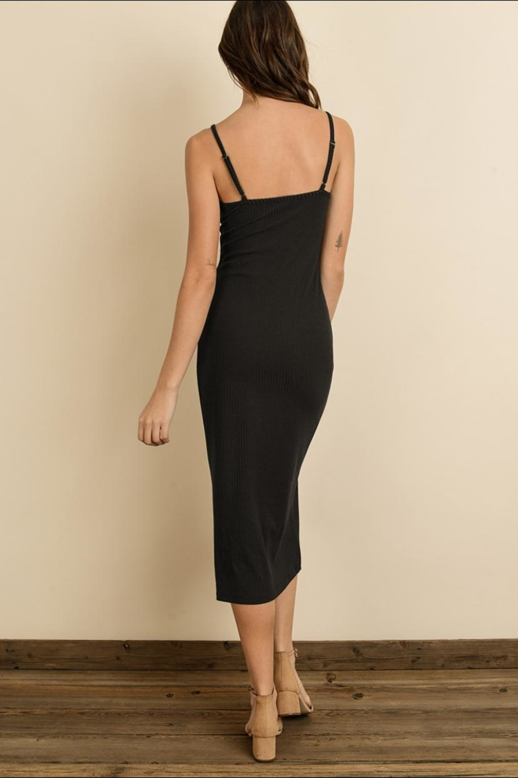 dress forum Ribbed Knit Midi - Front Full Image