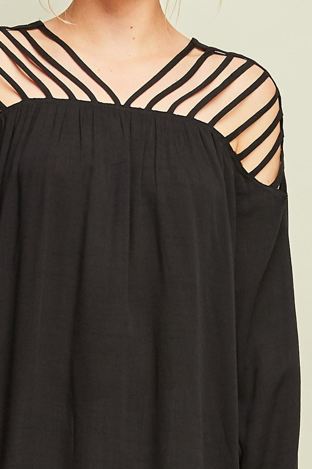 Entro Dressy Cutout Top - Side Cropped Image