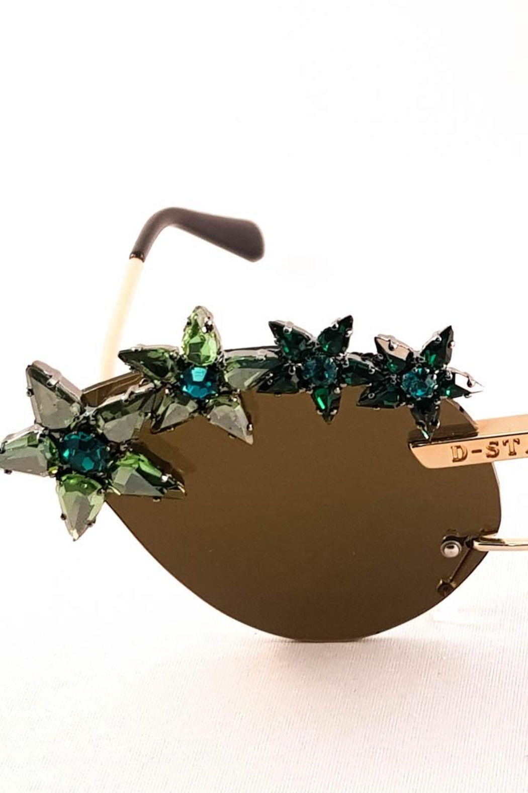 Dstyle Grnys Green Eyewear - Side Cropped Image