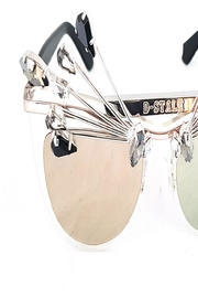 Dstyle Therain Unique Eyewear - Side cropped