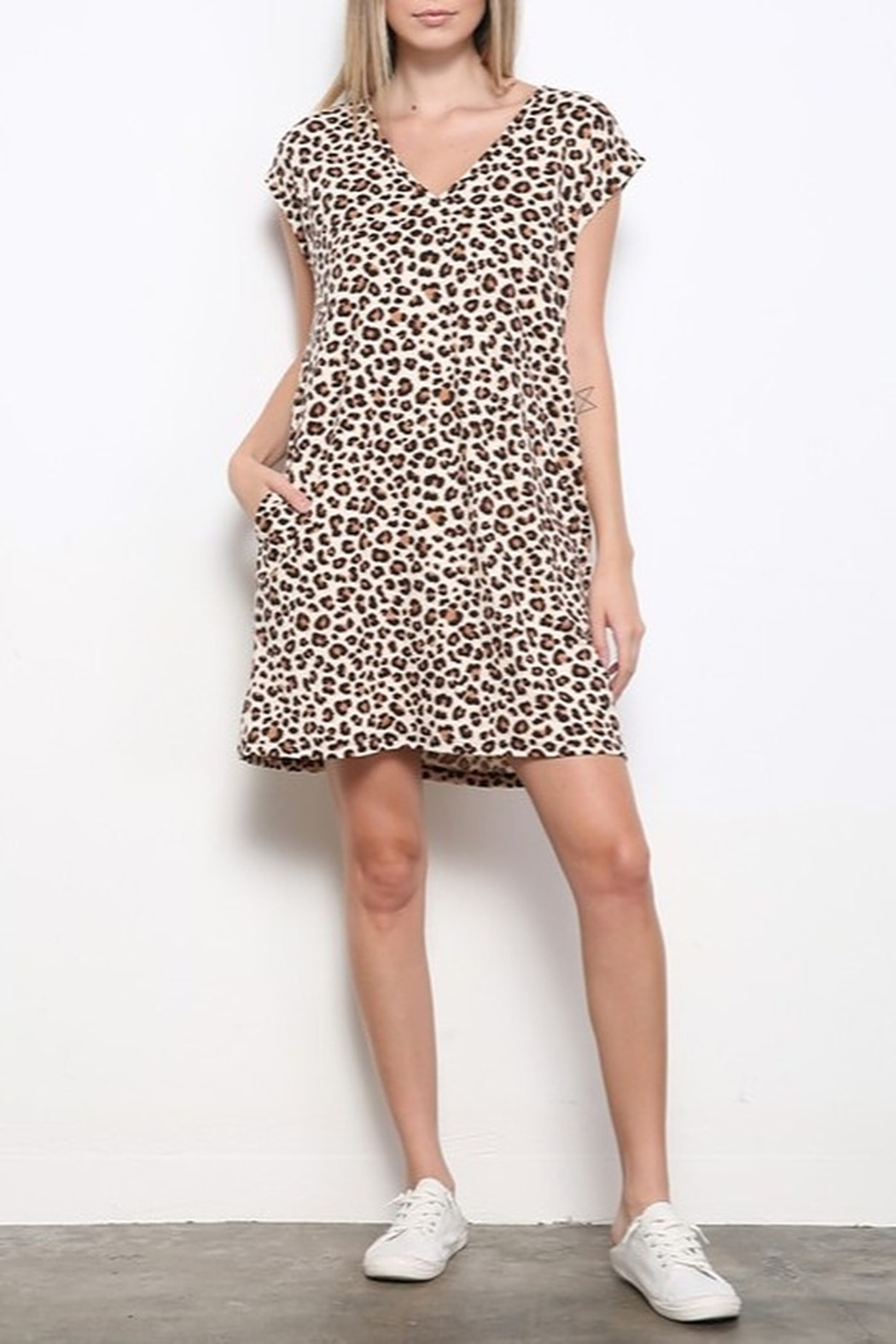 Mittoshop DTY BRUSHED ANIMAL PRINT MINI DRESS - Back Cropped Image
