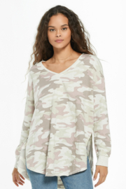 z supply Dusty Camo V-Neck Weekender - Front cropped